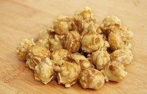 Old Fashion Caramel Popcorn